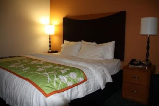 Fairfield Inn & Suites by Marriott Titusville Kennedy Space Center: chambre