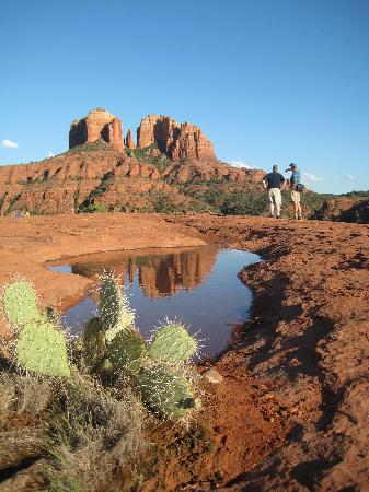 Canyon Villa Bed and Breakfast Inn of Sedona: Red rock tour: Southwest Outside Tours