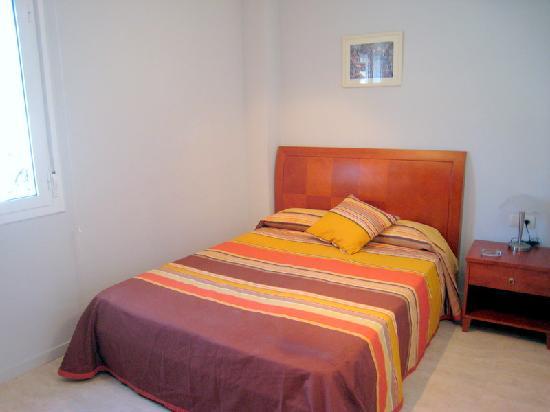 Apartaments Caru : Dormitorio1