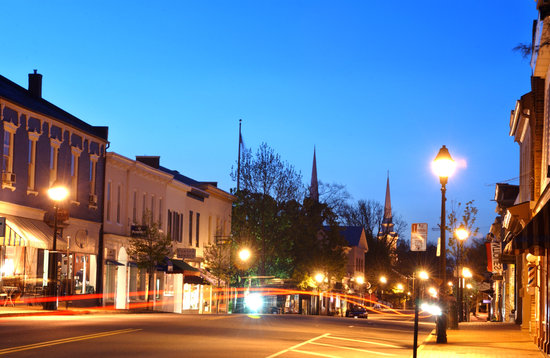 Уоррентон, Вирджиния: Main Street in Old Town Warrenton, VA