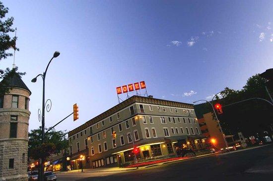 Hume Hotel & Spa: Historic Hume Hotel
