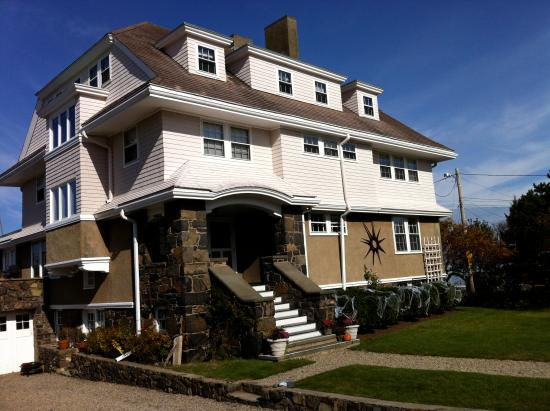 One Kimball : front of the house
