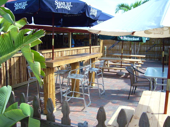 Bamboo Beach Bar and Grill: The best patio on the beach