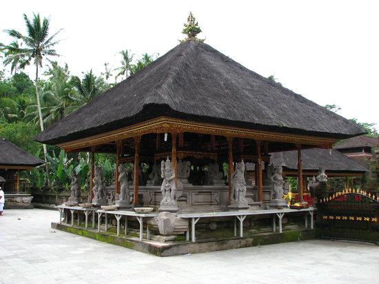 Tampaksiring, Indonesien: Pura Tira Empul