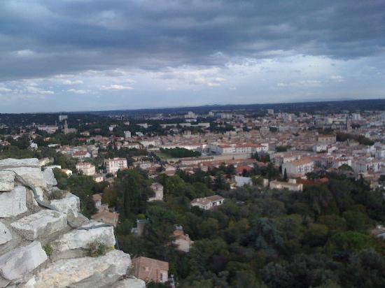 Nimes, فرنسا: Nimes vom Tour Magne