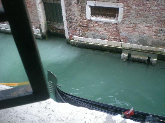 Alloggi alla Scala: View from the bedroom