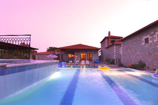 Messenia Region, Grecia: stephanou inn pool