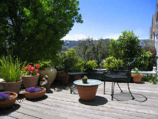 Dolores Place Bed and Breakfast: Your own private deck