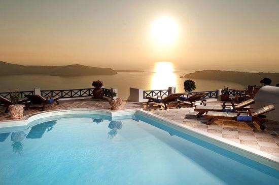 Photo of Galaxy Suites & Spa Imerovigli
