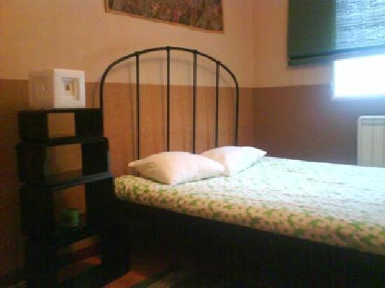 El Clandestino: Room