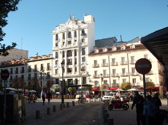 Hostal Nersan: Plaza St. Ana