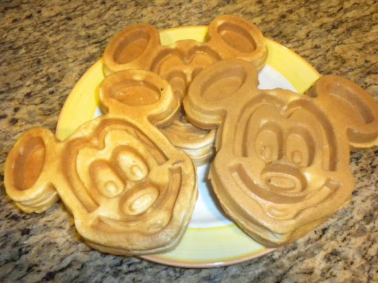 Homewood Suites by Hilton Lake Buena Vista-Orlando: Mickey Mouse waffles from the breakfast area