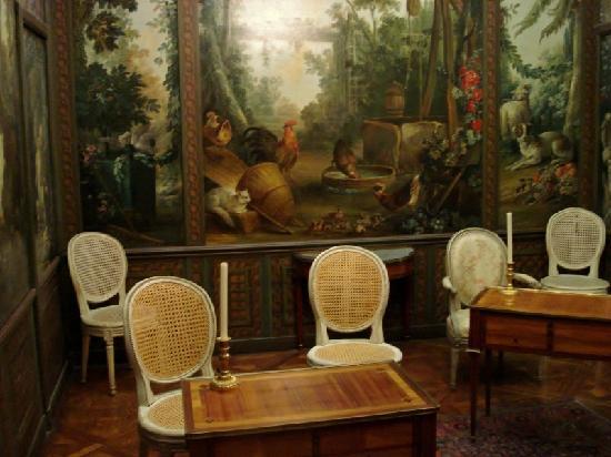 Musee Carnavalet: Salon décoré par F. Boucher, 1765.