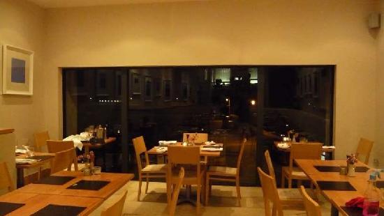 Alba Restaurant: Alba Window