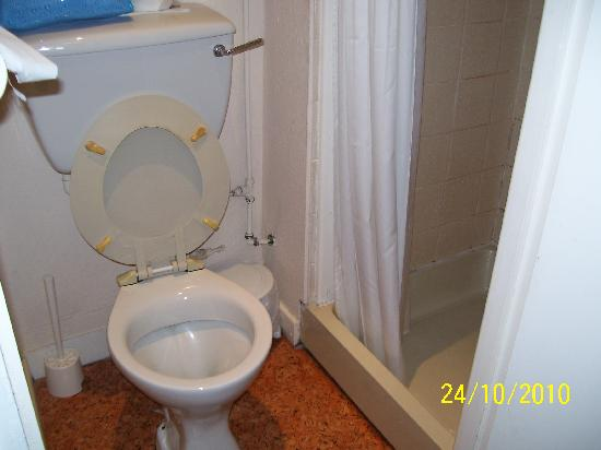 Tiffany's Hotel Blackpool: manky toilet