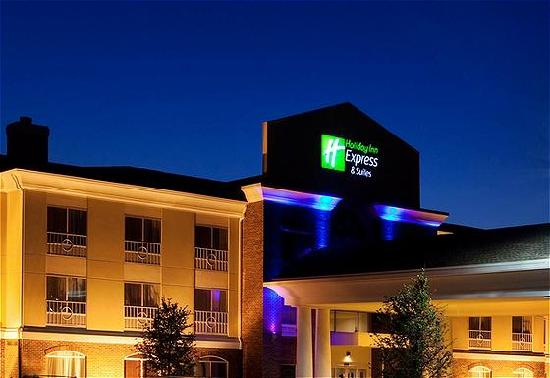 Holiday Inn Express Hotel & Suites Lake Zurich-Barrington : Hotel