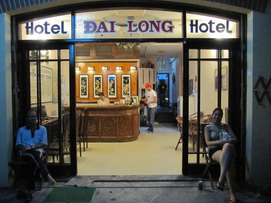 Dai Long Hotel: entrada