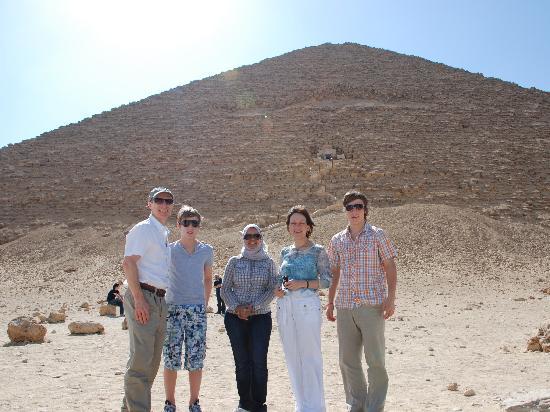 Egypt Sunset Tours: Red Pyramid: Rasha and my family