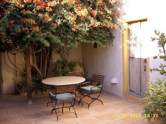 Dar Dhiafa: patio
