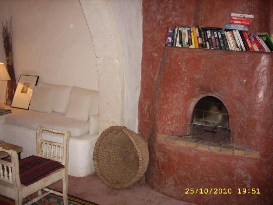 Dar Dhiafa: salon blanc