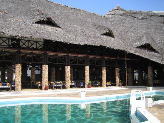 Barracuda Inn: La piscina del Barracuda