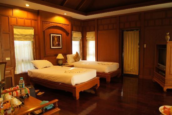 Cha Wan Resort: kamer met twin bedden