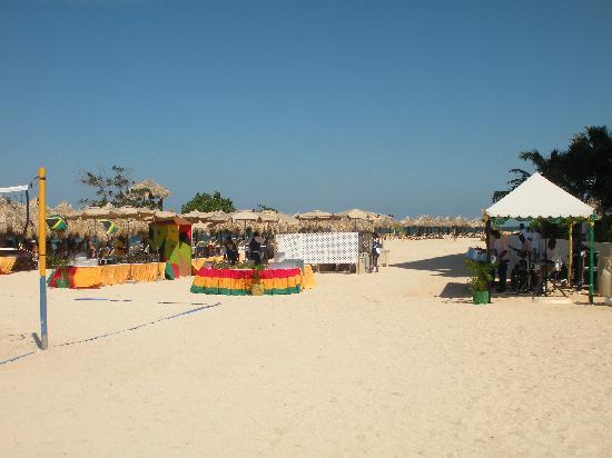Iberostar Grand Hotel Rose Hall: Beach Barbecue