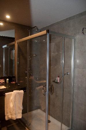 Hotel Celuisma Ponferrada: La ducha