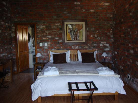 Lovane Boutique Wine Estate and Guest House: Our bedroom