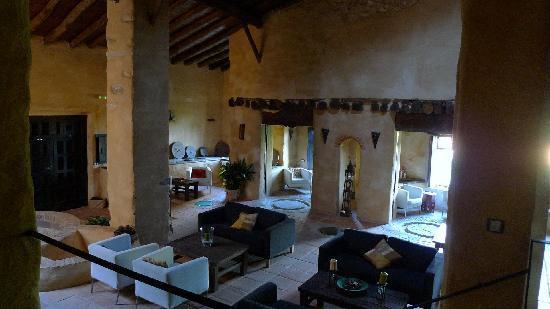 Molinos de Fuenteheridos: Otra foto del salón