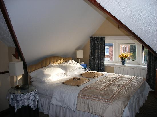St. Aubyns Guest House: Bedroom