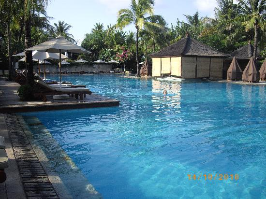 Padma Resort Legian : the pool