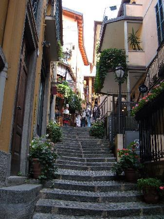 Bellagio's steep cobbled streets