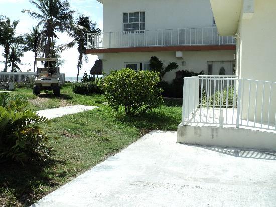 Casa Del Sol Beach Resort: Dump