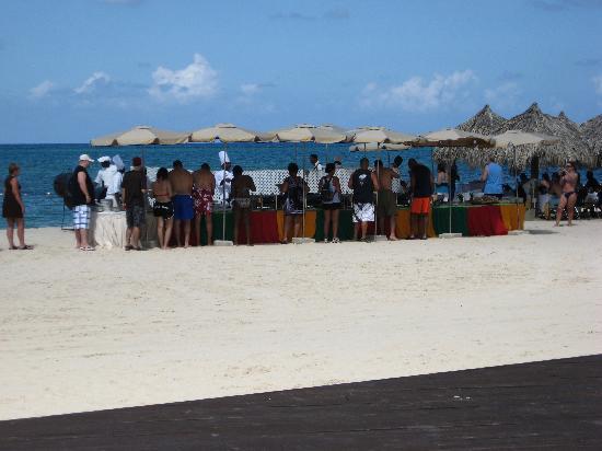 Iberostar Grand Hotel Rose Hall: Beach party