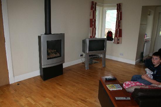 Highland Heather Lodges: spacious lounge area
