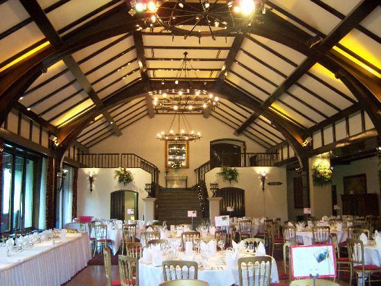 Brig O Doon Hotel: main hall