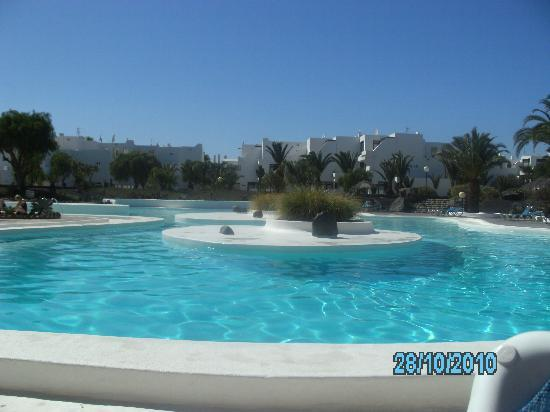 Apartamentos Los Molinos: beautiful pool