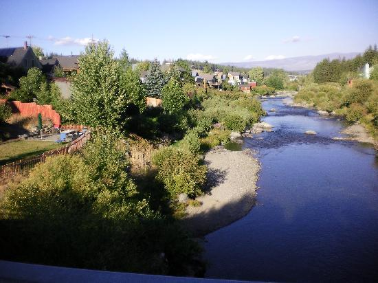 River Street Inn: Truckee River