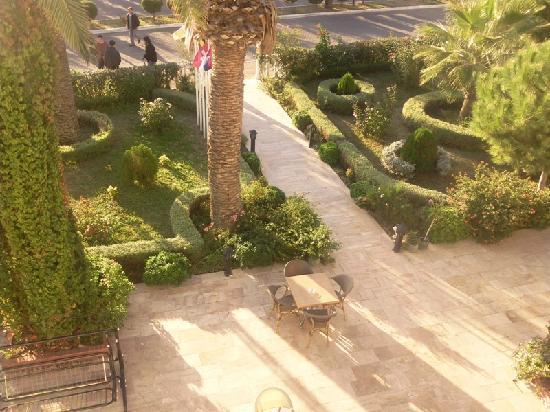 Aslan Hotel Turgutreis : Aslan Hotel bahcemiz
