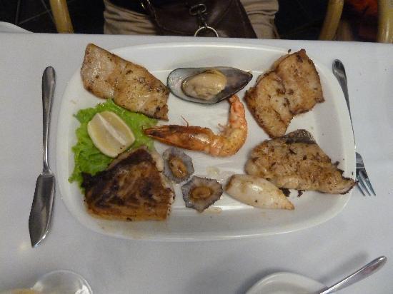 Marisqueira O Pescador : Meeresfruechteplatte