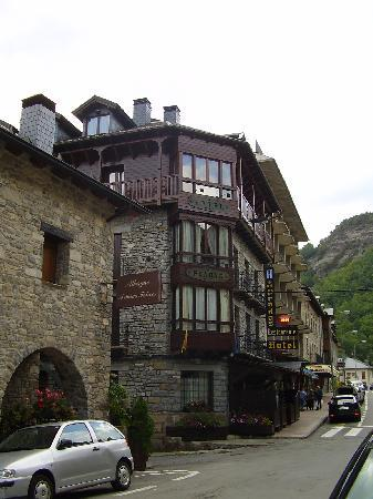 Hotel Pradas Ordesa: Hotel Pradas
