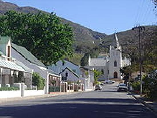 Ye Olde Tavern: Beautiful and charming town of Montagu