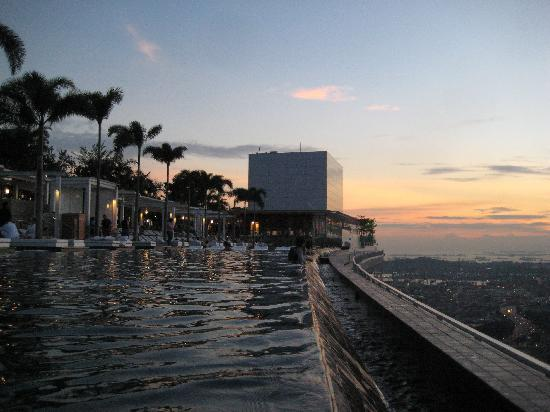Rooftop From The Infinity Pool Picture Of Marina Bay Sands Singapore Tripadvisor