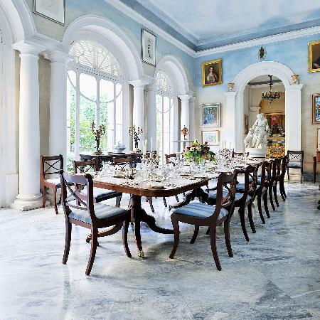 Casa Rocca Piccola: The Summer Dining Room
