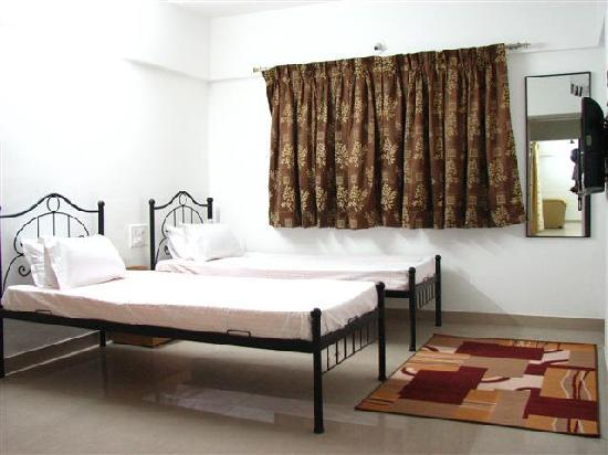 Palm Leaf Serviced Apartments