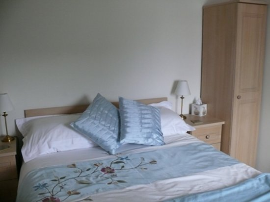 Creagh Dhu Guest House: Our double room