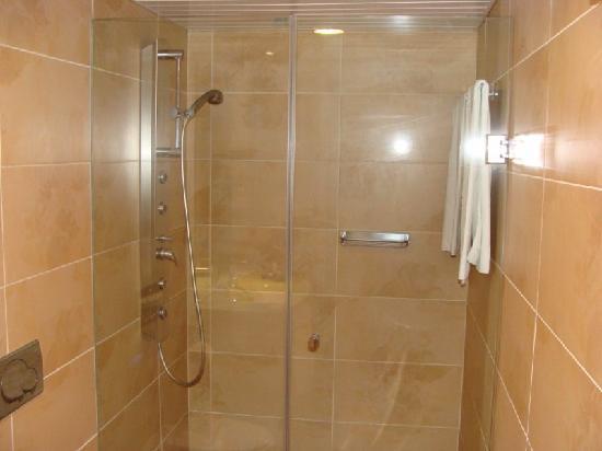 Foto de aparthotel ferrera blanca cala d 39 or ducha de for Pie de ducha de obra