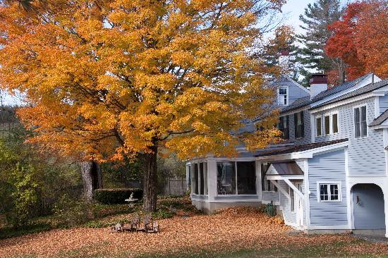 Inn at Valley Farms B&B, Cottages and Vacation Farmhouse: fall foliage