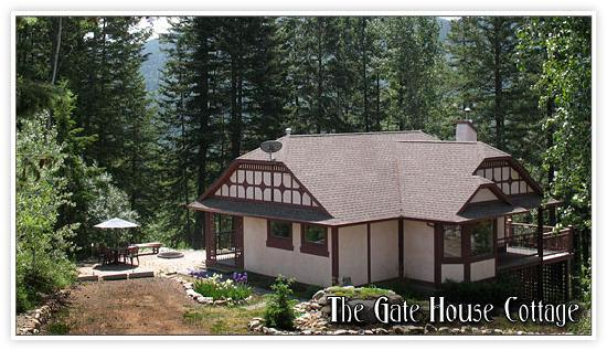 Castle on the Mountain: Gate House Cottage Vernon BC